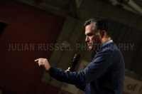 Presidential hopeful former Massachusetts governor Mitt Romney holds a campaign rally with South Carolina governor Nikki Haley and Sentator Kelly Ayotte of New Hampshire in Derry, NH.  -  JULIAN RUSSELL  |  METROPOL